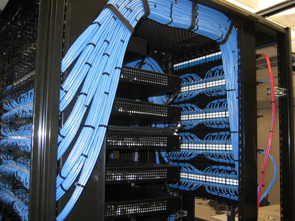 Everything You Should Know About Server Rooms Racksolutions