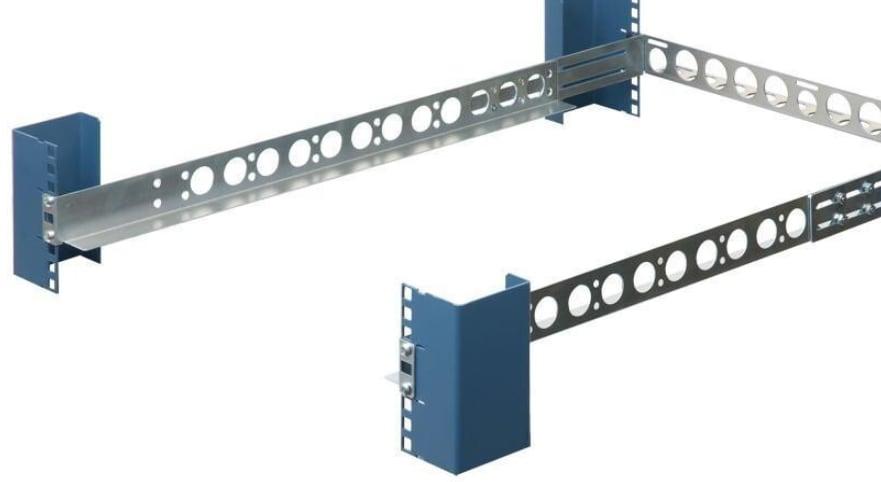 Universal Server Rail